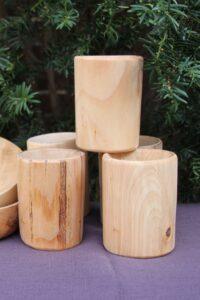 Kubek z drewna lipowego
